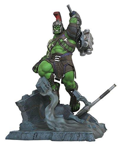 DIAMOND SELECT TOYS Marvel Milestones: Thor Ragnarok: Gladiator Hulk Resin Statue image