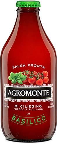 Fertig gekochte Tomatensauce (kirschtomaten) mit Basilikum