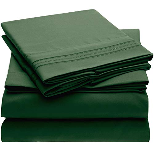 Mellanni Queen Sheet Set - Hotel Luxury 1800 Bedding Sheets & Pillowcases - Extra Soft Cooling Bed Sheets - Deep Pocket up to 16 inch - Wrinkle, Fade, Stain Resistant - 4 Piece (Queen, Emerald Gre...