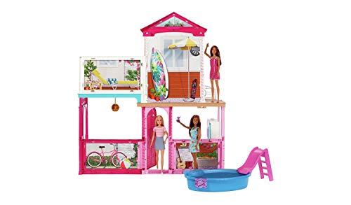 Barbie Casa de muñecas Estate con 3 muñecas, muebles, piscina y accesorios