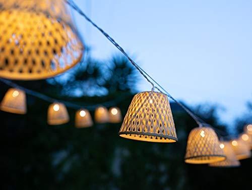 Lichterkette für den Innenbereich I 12 Lampenschirm Bambus LED warmweiß I Länge 4 m I Stromversorgung USB I Dekoration Schlafzimmer Wohnzimmer Terrasse