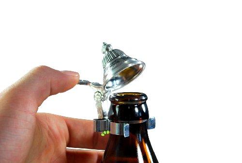 bayerischer Zinndeckel für Bierflaschen mit Duschgel für echte Bayern