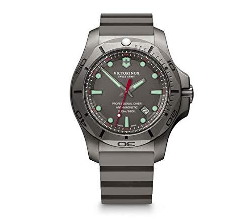 Victorinox Herren I.N.O.X. Professional Diver Titanium - Swiss Made Analog Quarz Titan/Gummi Uhr 241810
