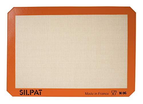 Silpat Premium NonStick Silicone Baking Mat Medium 97/16quot x 143/8quot