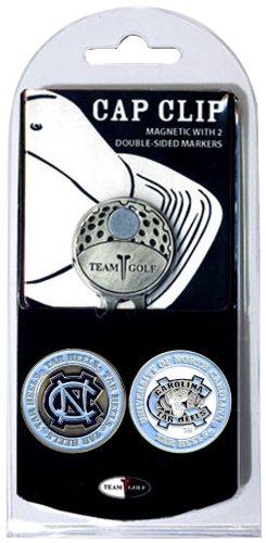 Team Golf NCAA North Carolina Golfkappen-Clip mit 2 abnehmbaren doppelseitigen Emaille-Magnetballmarkern, lässt Sich leicht an Hüten befestigen