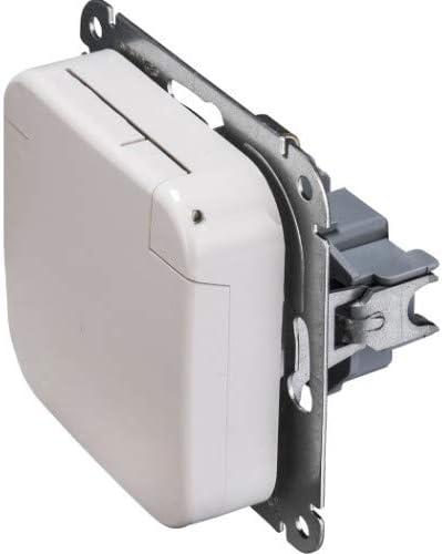 OPUS/® 1 Schutzkontakt-Steckdose mit Feder-Klappdeckel Farbe alpinwei/ß