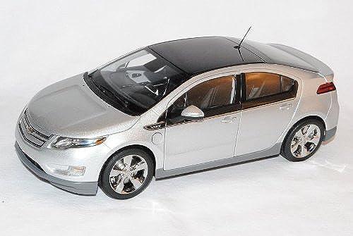 Kyosho Chevrolet Volt Switchblade Silber Ab 2010 Baugleich Opel Ampera 1 18 Modell Auto mit individiuellem Wunschkennzeichen