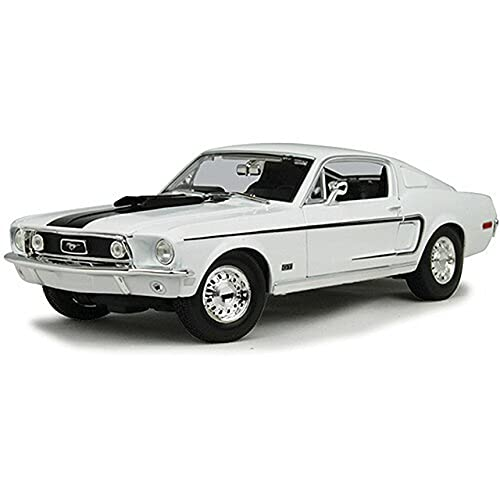 Maisto Scala 1:18 1968 Ford Mustang GT Cobra Jet Diecast Vehicle (Colors May Vary)