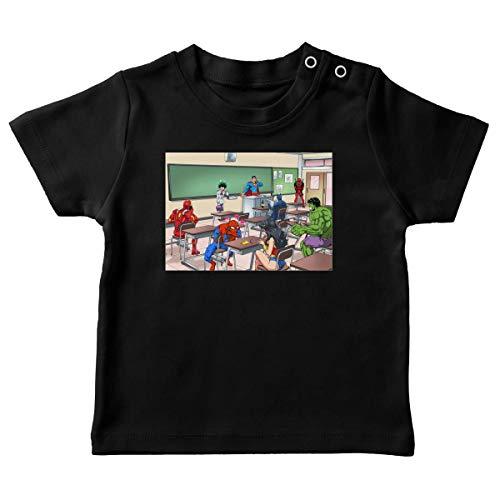 T-Shirt bébé Noir Parodie MCU - Justice League - My Hero Academia - Deku Alias Izuku Miroriya, Deadpool, Iron Man, Wonder Woman, Spider-Man, Batman et Hulk - Quand tu Te trompes de Salle de CLAS