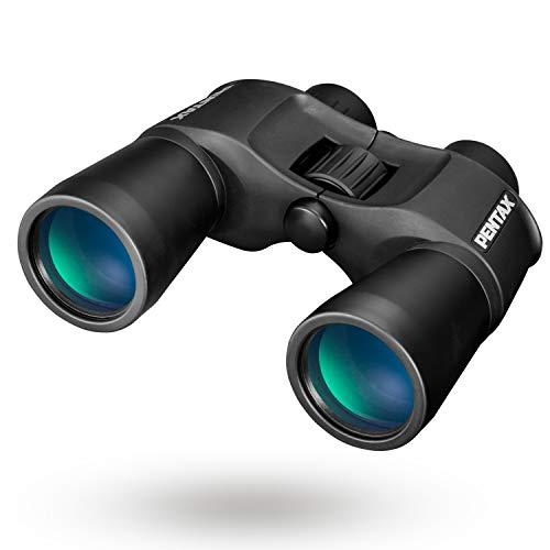PENTAX SP 10X50: Außergewöhnliche Sehqualität durch das Porro Prismen Fernglas mit BAK4-Glasprismen. Vollständig mehrschichtig vergütete Optik. Große Objektivlinsen für ein kontrastreiches.