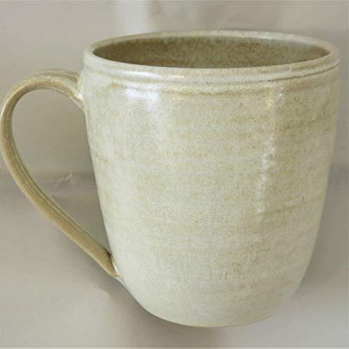 Tasse, Mega-Tasse beige, handgetöpfert, Höhe ca. 11 cm, Inhalt ca. 0,5 l Steinzeug
