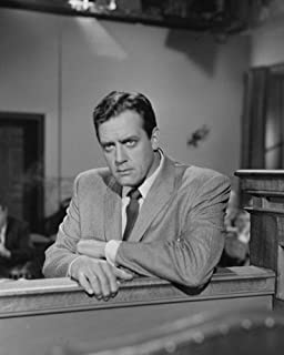 Perry Mason Raymond Burr leaning on rail looking at jury 16x20 Poster