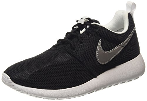 Nike Youth Roshe One (Black/Silver/White)(5.5 M US Big Kid)