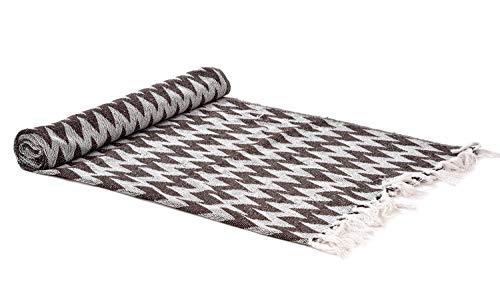 Home Delicate – 50 x 60 Zig Zag – Manta Decorativa de algodón Ligero con Flecos para Cama, sofá y sofá, Marrón, 60X50, 1