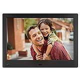 Advance Cornice Digitale da 10 Pollici ad Alta Risoluzione, L'unica Che Riproduce Un Mix di Foto e Video Full HD Nella Stessa Slideshow. Dotata di Sensore di Movimento