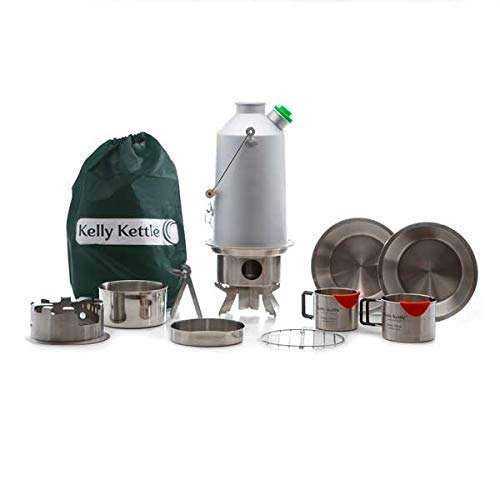 Ultimativ 'Base Camp ' Kit (Aluminium) - Deal inklusive 1.6 Ltr Eloxiert Aluminium Camping Wasserkocher+ Pfeife+ Koch Set + Hobo Ofen + Becher (2-teilig + Platte + Base / Topf + Tragetasche Grün