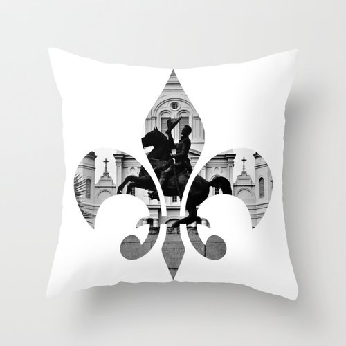 Amazon Com New Orleans Fleur De Lis Throw Pillow 18x18 Designer Photo Cushion Fleur De Lis Handmade
