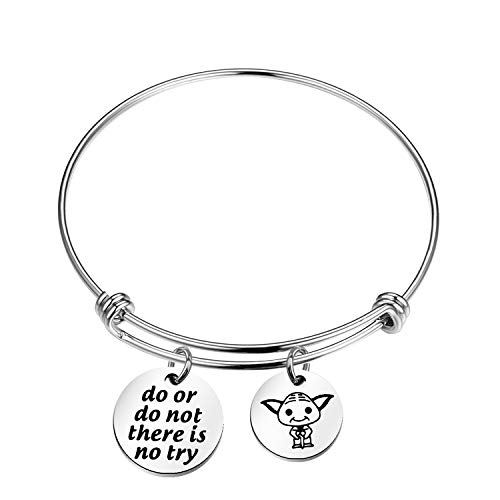 Yoda Quoted Bracelet Do or Do not There is No Try Charm Bracelet (bracelet)