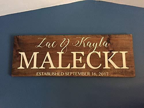 Cartel de madera con nombre de familia unknow, cartel de nombre de pareja, idea de regalo de aniversario de Denney Studio personalizable