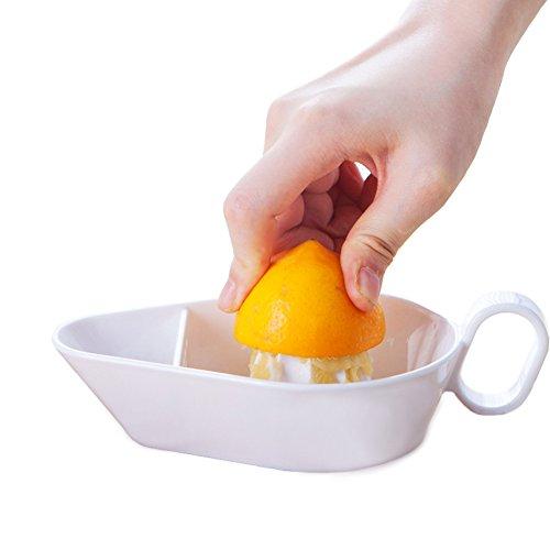 Premium Quality Lemon Lime Citrus Squeezer - Manual Citrus Press Juicer and Reamer (White)