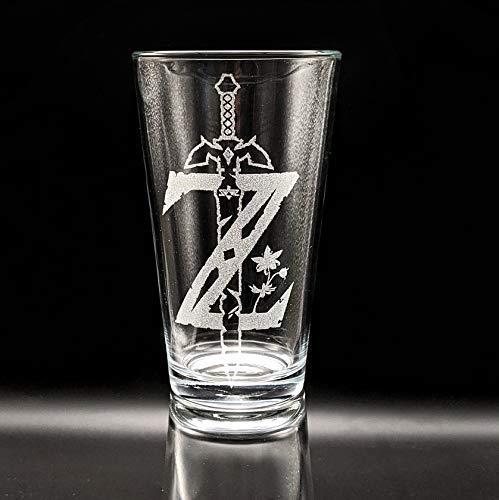 ZELDA EMBLEM Engraved Pint Glass   Inspired by The Legend of Zelda   Personalized!