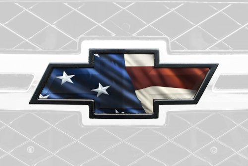 Mossy Oak Graphics 300005 Patriotic American Flag Auto Emblem Skin for Truck or Car