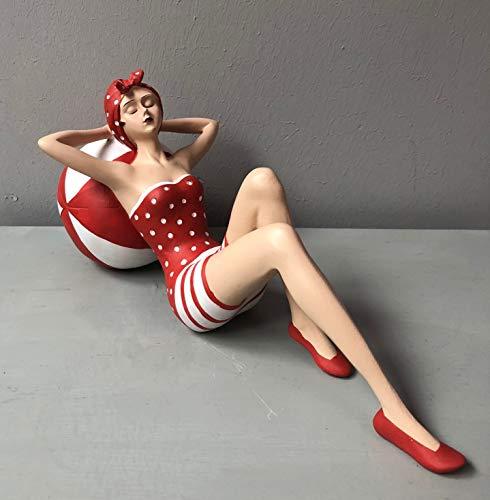 Wohnideen Kupke Deko Badefigur 14x30cm schlank mit dem Rücken auf einem Ball liegend im rot orange weißen Badeanzug Retro Stil der 50er 60er Jahre