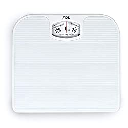 5 Best Mechanical Bathroom Scales UK (Aug 2020 Review)