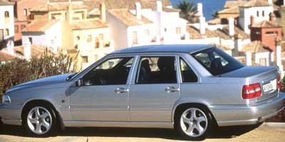 1998 Volvo S70, 4-Door Sedan Automatic Transmission ...