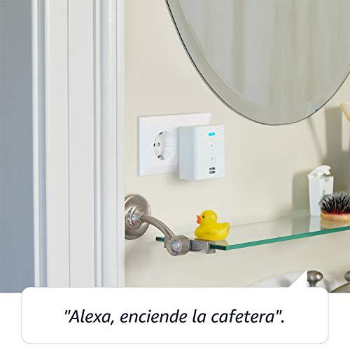 Amazon Echo Flex - Controla con la voz dispositivos de Hogar digital a través de Alexa