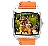 TAPORT® Reloj de cuarzo con correa de cuero naranja cuadrado con pastor alemán