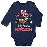 Shirtracer Oktoberfest & Wiesn Baby - MEI Lederhosn trogt no da Hirsch - weiß/rot - 12/18 Monate - Navy Blau - Spruch - BZ30 - Baby Body Langarm