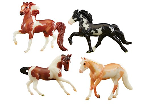 Breyer Stablemates Glow in The Dark Horse Toy Set | 4 Horse Set | 1:32 Scale | Model #5396