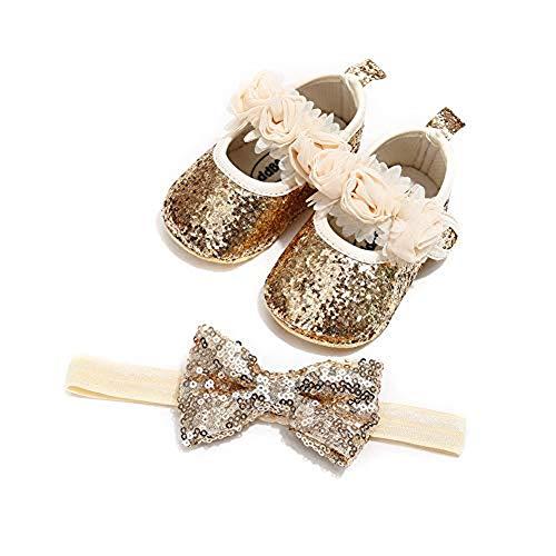 Carolilly Ensemble Bandeau Chaussures Enfant Bébé Fille Chaussures Bowknot/Fleurie Princesse Premiers Pas Anti-dérapant + Bandeau Noeud Papillon, Doré, Taille 11 (0-6 Mois)
