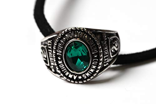 Bioworld Merchandising Colgante Anillo Slytherin. Harry Potter