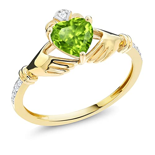 Gem Stone King 10K Yellow Gold Green Peridot and Diamond Accent Women's Irish Celtic Claddagh Ring (0.89 Cttw, Available in size 5, 6, 7, 8, 9)