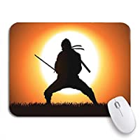 NINEHASA 可愛いマウスパッド ノートパソコン、マウスマット用の忍者の芝生のフィールドの武士の武道ノンスリップラバーバッキングマウスパッドの戦士のシルエット