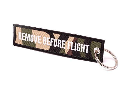 REMOVE BEFORE FLIGHT ® Llavero, Camouflage/Weiße Schrift