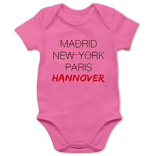 Städte & Länder Baby - Weltstadt Hannover - 12/18 Monate - Pink - Typo-Grafie - BZ10 - Baby Body Kurzarm für Jungen und Mädchen