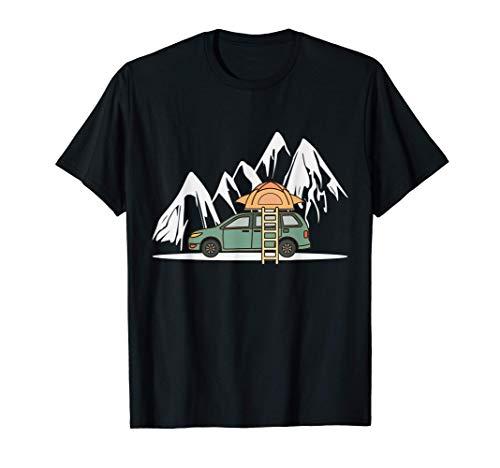 Mini Camper mit Dachzelt in den Bergen - Camping Auto T-Shirt