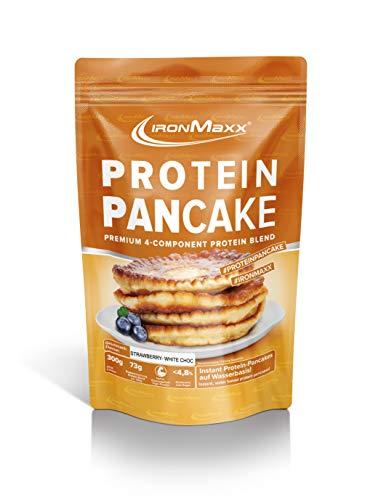 IronMaxx Protein Pancake Erdbeere-Weiße Schokolade – Low Carb Pancakes mit über 65% Eiweiß – Leckere Pfannkuchen-Backmischung mit 4-Komponenten Protein – 1 x 300 g