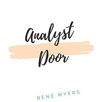 Analyst Door