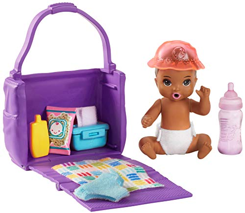 Barbie GHV86 Skipper babyzitters speelset met babypop met kleurwisselfunctie, luiertas en accessoires