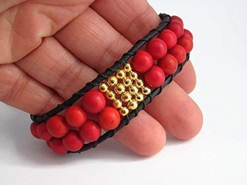 Pulsera de Cuero con Piedras en Howlita Roja y Cuentas Oro. Idea regalo San Valentín Ellas