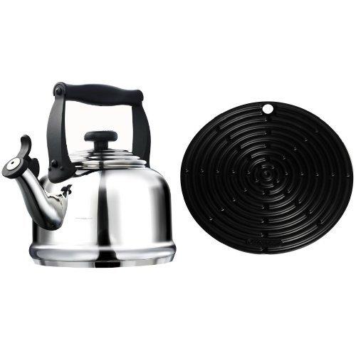 Le Creuset Wasserkessel Tradition Edelstahl & Le Creuset Silikon-Accessoires Topflappen rund schwarz