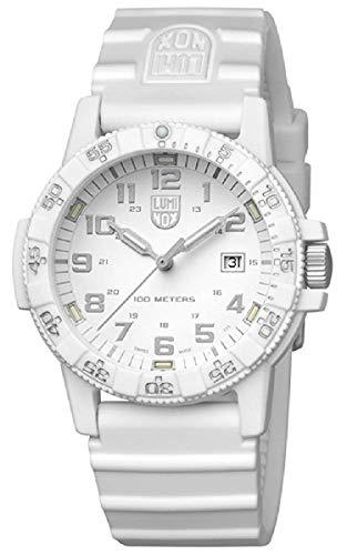 [ルミノックス]LUMINOX 腕時計 レザーバック シータートル ジャイアント 0320シリーズ 0327.WO メンズ [並行輸入品]