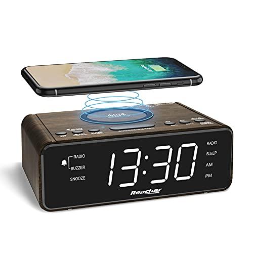 REACHER Radio Réveil Numérique en Texture Bois avec Chargement sans Fil - Chargeur USB, 2 Sonneries de Réveil, Radio FM avec Minuterie de Sommeil, Volume Réglable, écran LED à 6 Niveaux de Gradation
