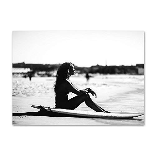 KDSMFA Black White Waves Beach Girl Tabla de Surf Palmera Barco Póster nórdico Arte de la Pared Impresión en Lienzo Pintura Decoración Imagen para Sala de Estar Sin Marco; 50x70cm (19x27inch)