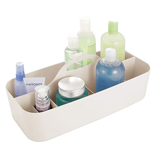 mDesign Badezimmer Korb mit Griff – als Kosmetik Organizer, Küchen Aufbewahrungsbox oder Handtuchhalter – Bad Box aus robustem Kunststoff – cremefarben