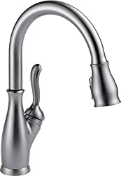 Delta Faucet Leland Single-Handle Kitchen Sink Faucet with Pull Down Sprayer, ShieldSpray Technology and Magnetic Docking Spray Head, Arctic Stainless 9178-AR-DST
